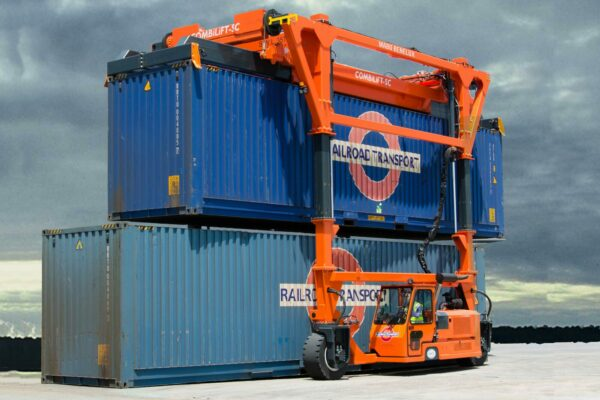 Straddle Carrier mabo benelux